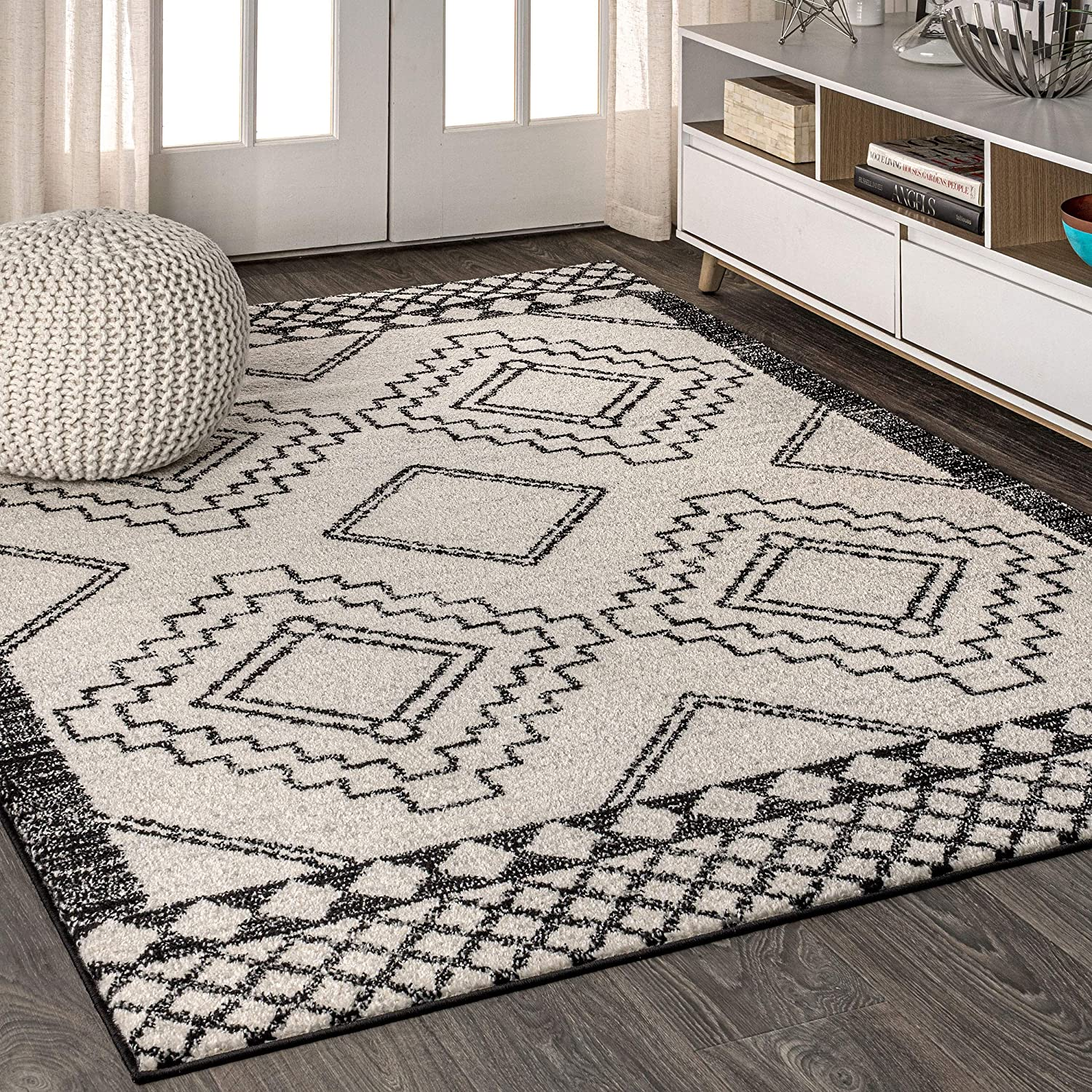 JONATHAN Y Amir Moroccan Beni Souk, Bohemian, Easy Cleaning, for Bedroom, Kitchen, Living Room, Non Shedding Area Rugs, 5 X 8, Cream,Black