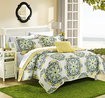 123ba10094f Chic Home Madrid 3 Piece Reversible Quilt Set Super Soft Microfiber Large  Printed Medallion Design with