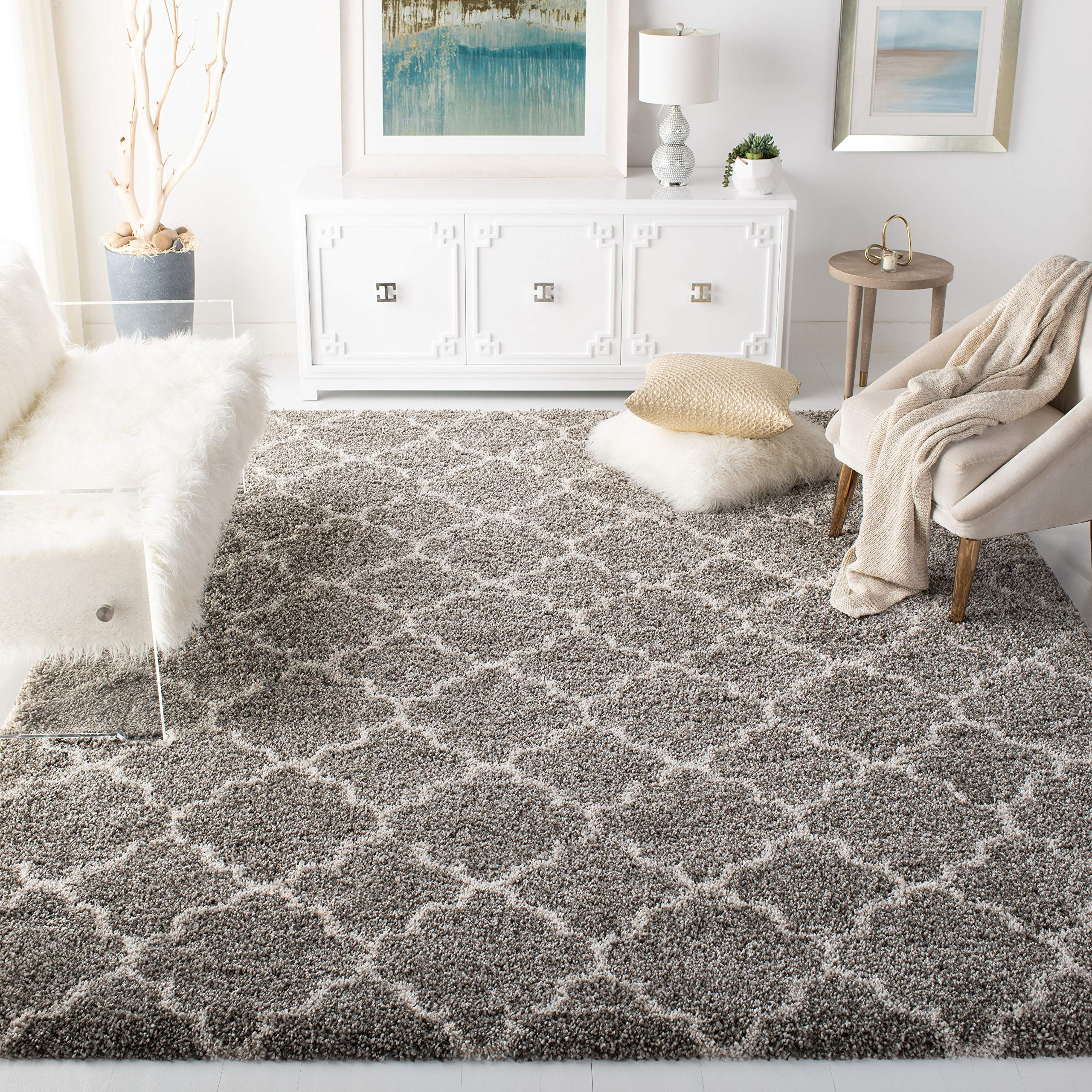 Safavieh Hudson Shag Collection Grey and Ivory Moroccan Geometric Quatrefoil Area Rug (8' x 10') product image
