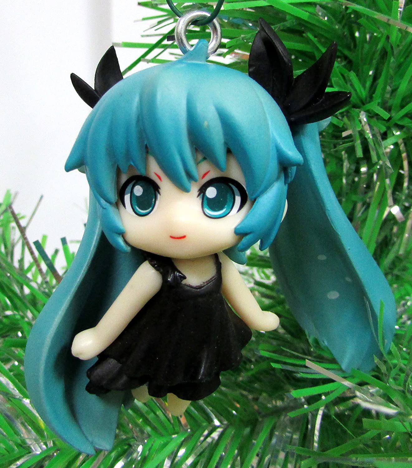 HATSUNE 12 Piece Christmas Tree Ornament Set Unique Shatterproof Plastic Design Holiday Ornaments