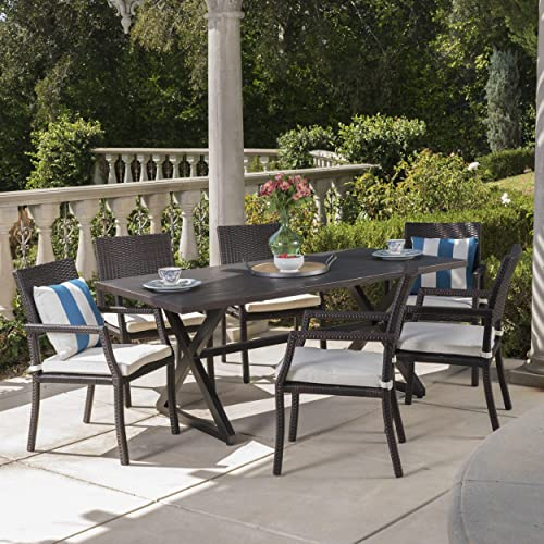 Alana Outdoor Dining Set