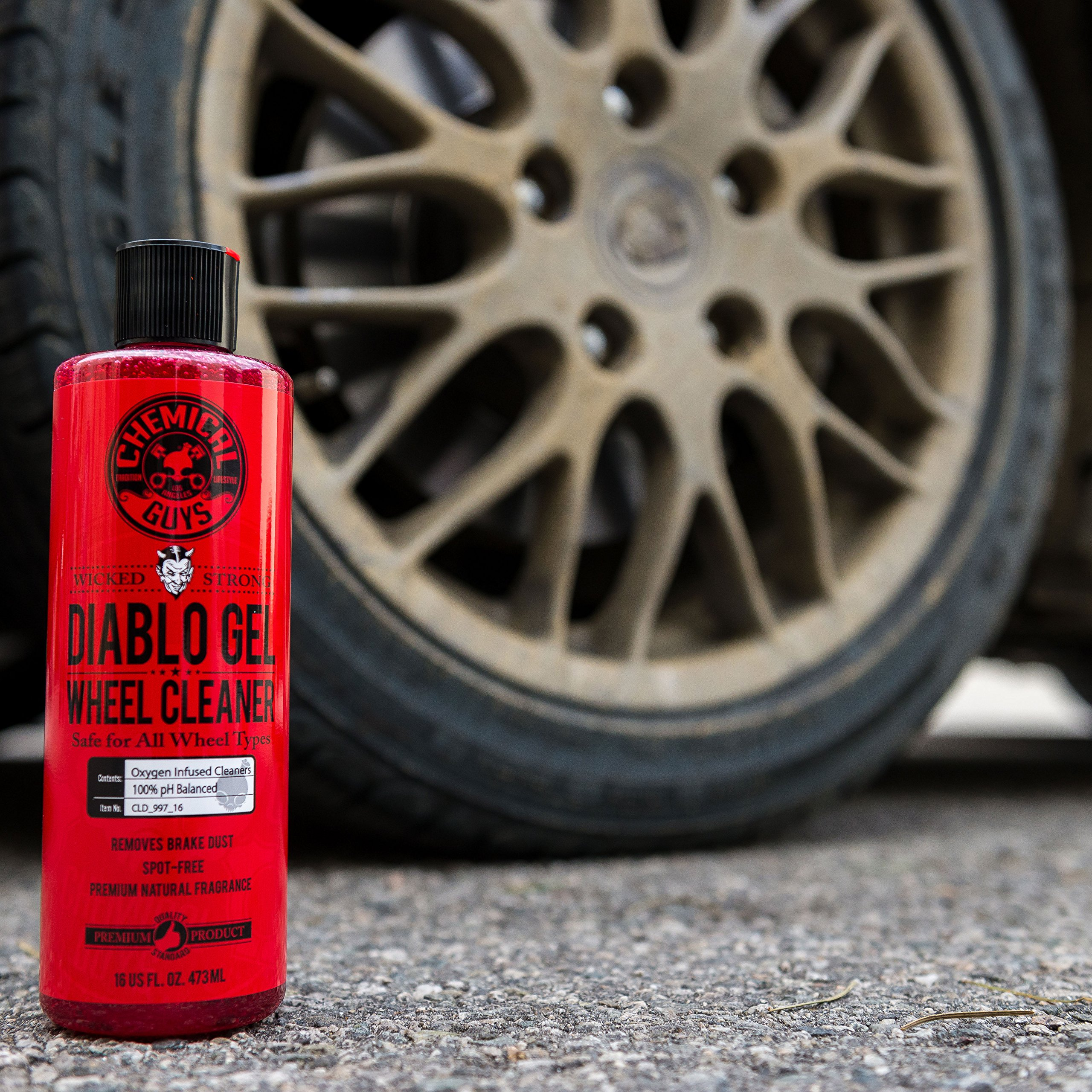 Chemical Guys CLD_997 Diablo Wheel Gel (64oz), 64. Fluid_Ounces by Chemical Guys (Image #2)