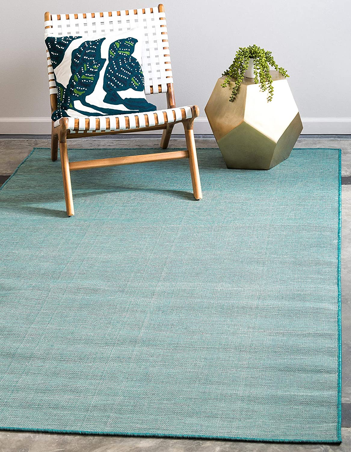 Unique Loom Modern Solid Outdoor Patio Contemporary Area Rug 2467101