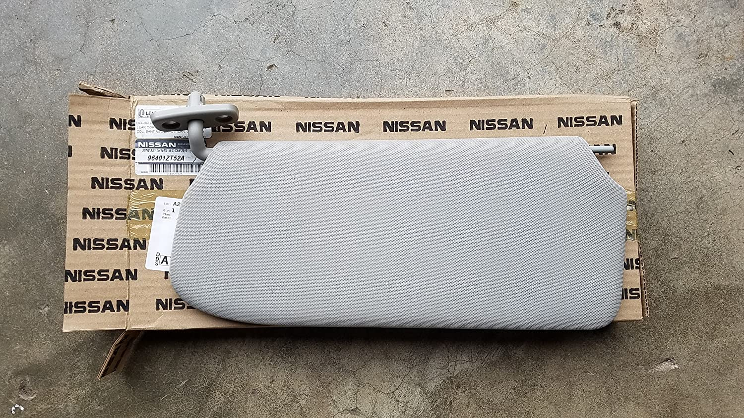 2010-2012 Nissan Sentra Left Driver Side Grey Sun Visor w/o Mirror OEM NEW 96401-ZT52A