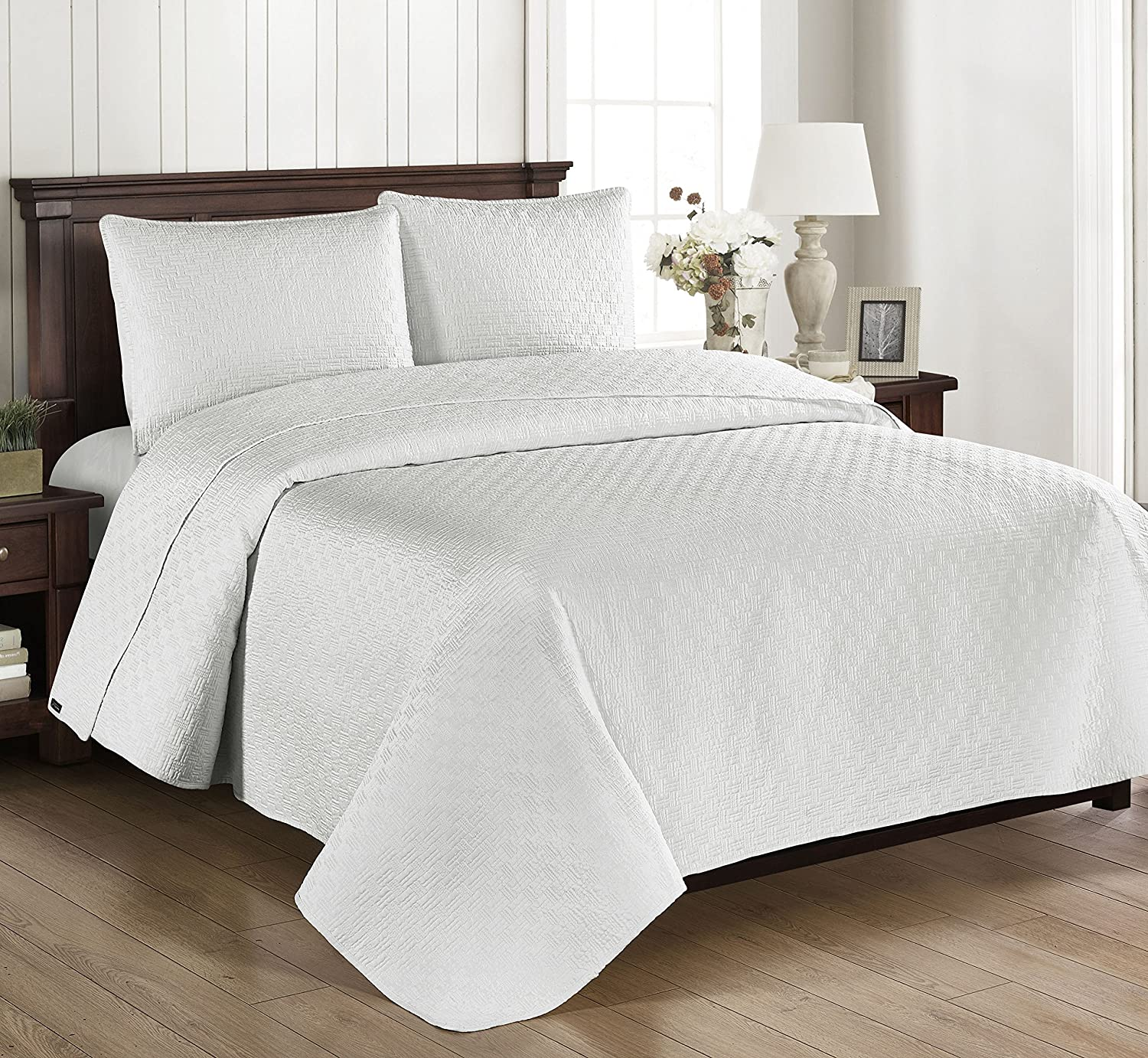Brielle Home Basket Weave Quilt Set, Full/Queen, Off-White