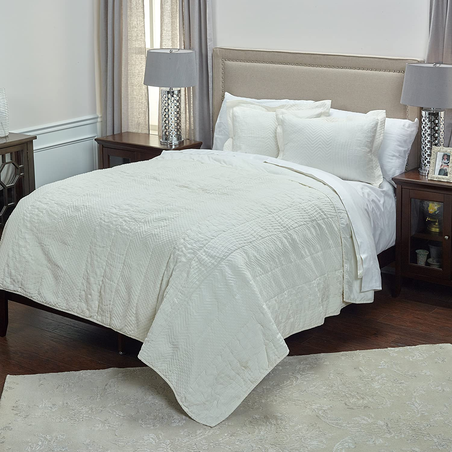 Rizzy Home QLTBT3006IV001692 Quilt, Ivory, King