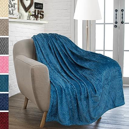 Merveilleux PAVILIA Luxury Soft Plush Sea Blue Throw Blanket For Sofa, Couch | Velvet  Fleece Chevron