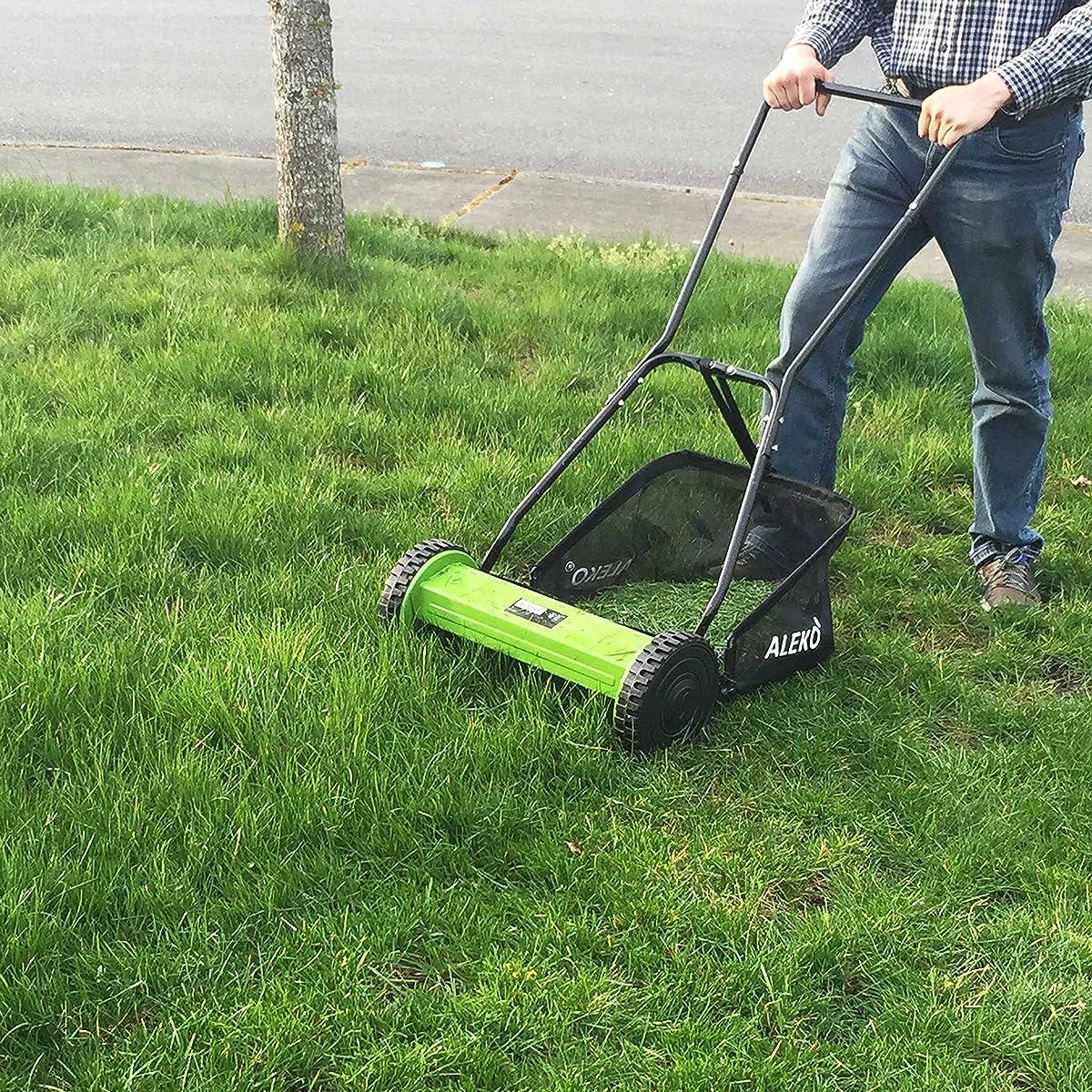ALEKO GHPM16 5-Blade 16 Inch Hand Push Lawn Mower Adjustable Grass Cutting Height