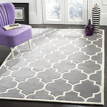Amazon Com Safavieh Chatham Collection Cht733d Handmade Geometric Premium Wool Area Rug 8 X 10 Dark Grey Ivory Furniture Decor