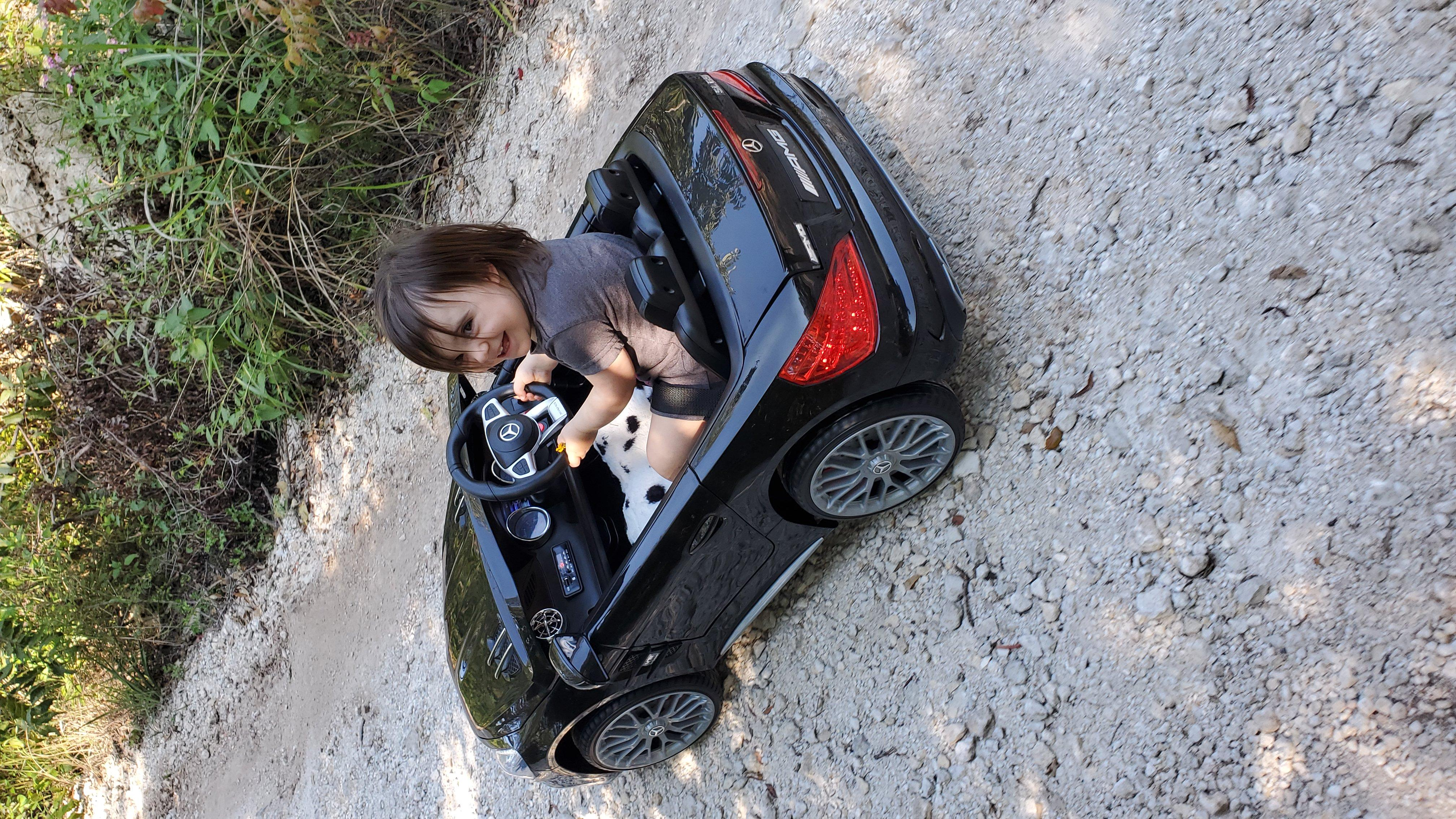 12V Mercedes Benz Licensed Kids Ride On Car with Remote Control, Black photo review