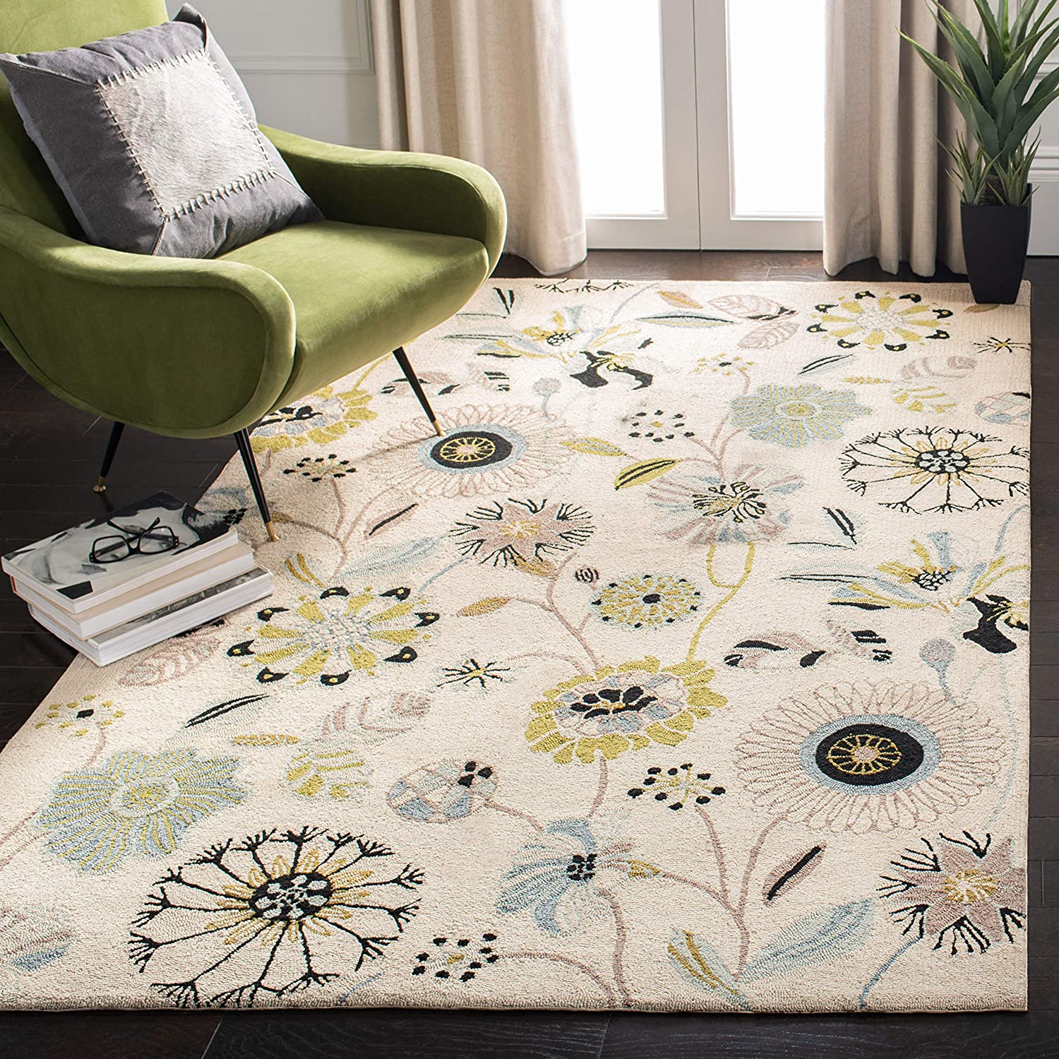 Amazon Com Safavieh Four Seasons Collection Frs482c Hand Hooked Floral Area Rug 3 6 X 5 6 Ivory Blue Furniture Decor
