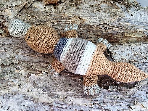 Amazon.com: Bunny Rabbit Amigurumi Pattern (Crochet Pattern Books ... | 375x500