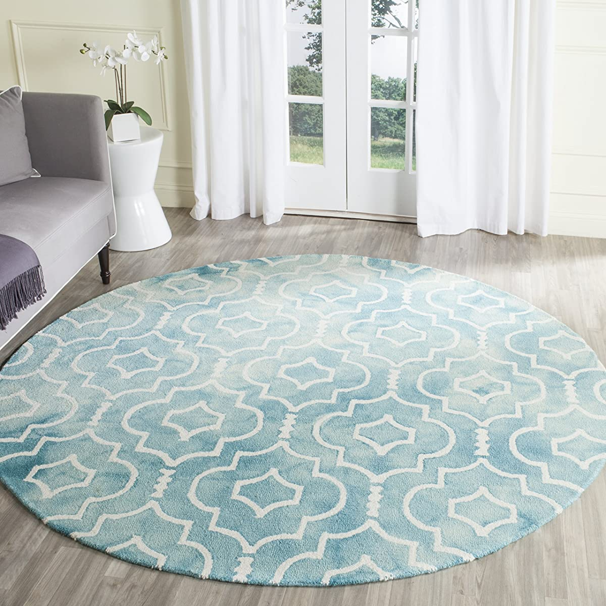 Safavieh Dip Dye Collection DDY538D Handmade Vibrant Geometric Moroccan Watercolor Turquoise and Ivory Wool Round Area Rug (7 Diameter)