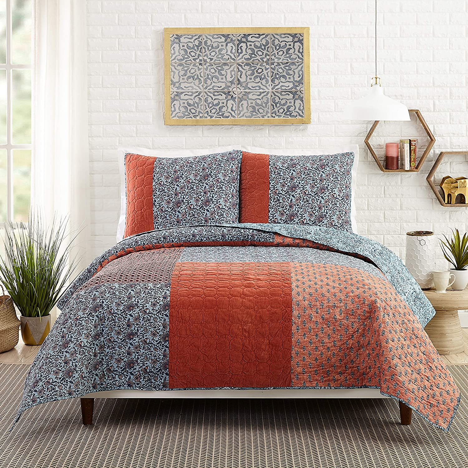 Jessica Simpson Bombay Quilt, Full Queen, Clay