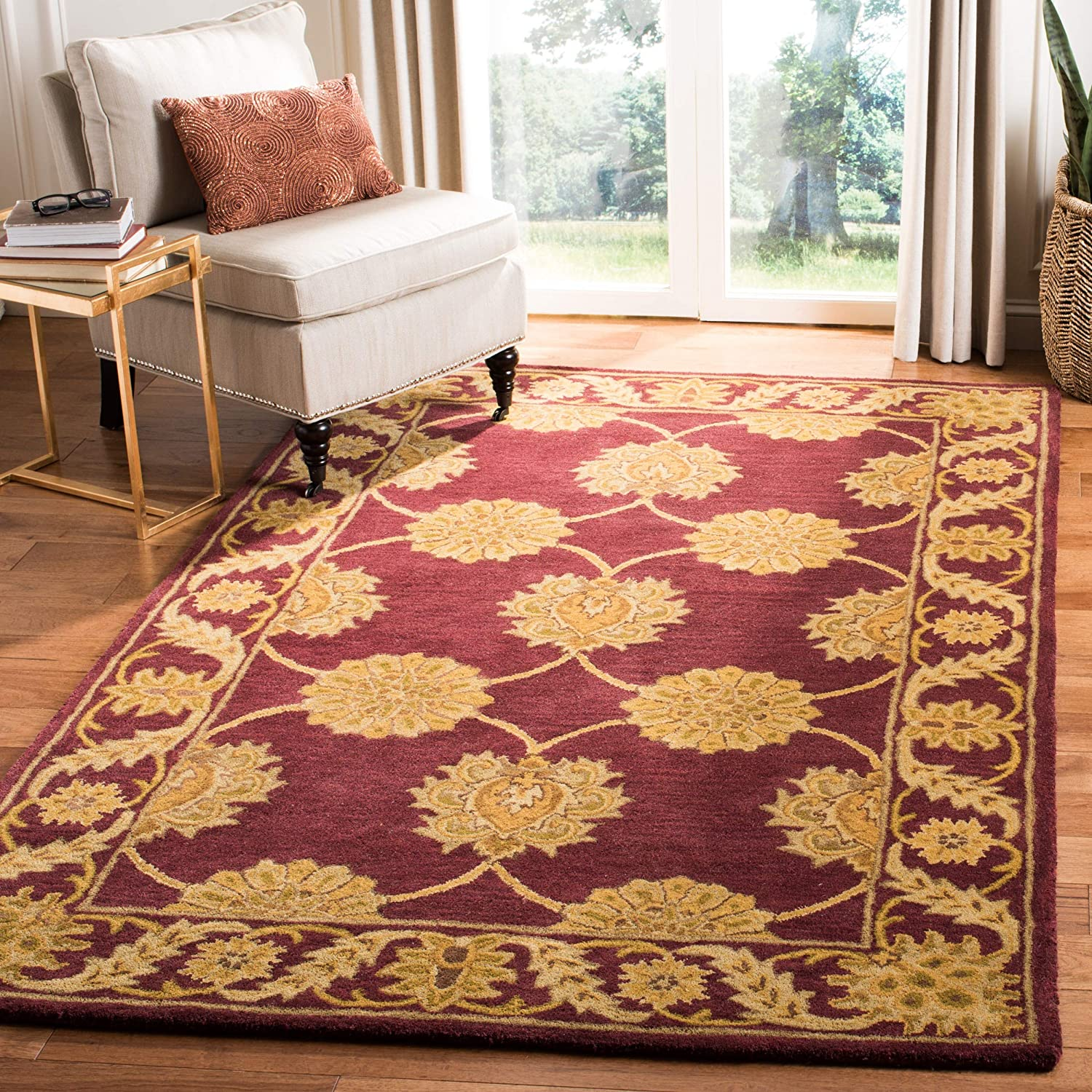 Safavieh Heritage Collection HG314B Handcrafted Traditional Oriental Maroon Wool Area Rug (3' x 5')