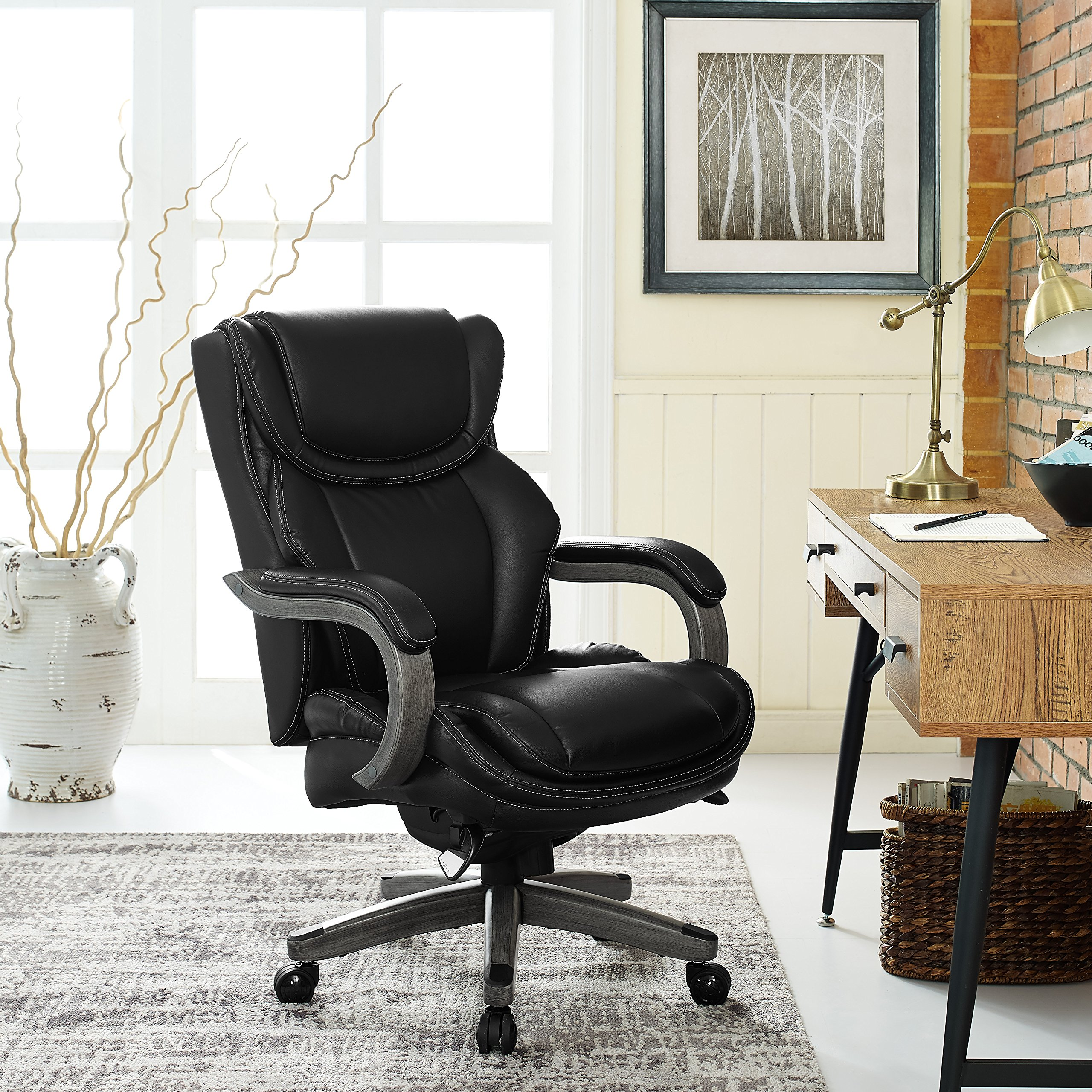 LaZBoy  Big & Tall Executive Chair Bonded Leather, Black by La-Z-Boy