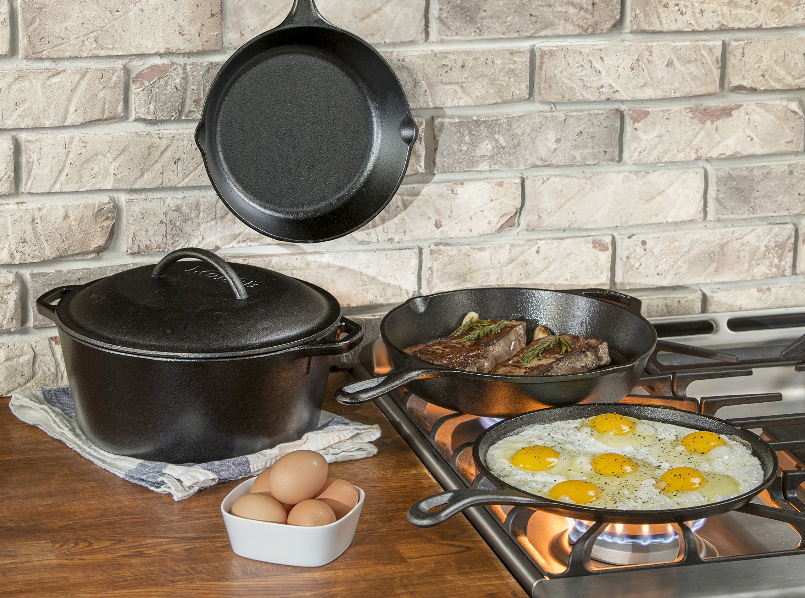 "Lodge Seasoned Cast Iron 5 Piece Bundle. 10.5"" Griddle, 8"" Skillet, 10.25"" Skillet, 10.25"" Dutch Oven, and 10.25"" Lid by Lodge (Image #3)"
