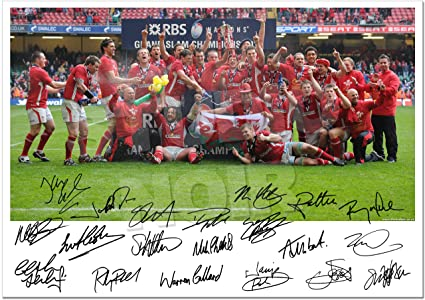 WALES GRAND SLAM WINNERS 2012 SQUAD TEAM SIGNED PHOTO AUTOGRAPH PRINT  PHOTOGRAPH GIFT RUGBY UNION
