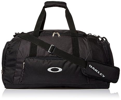 3dfaac778e Amazon.com  Oakley Men s Gym to Street Small Duffel
