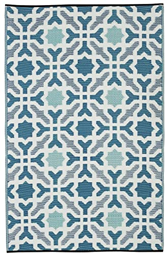 Fab Habitat Seville Indoor Outdoor Recycled Plastic Rug, Multicolor Blue, 5 x 8