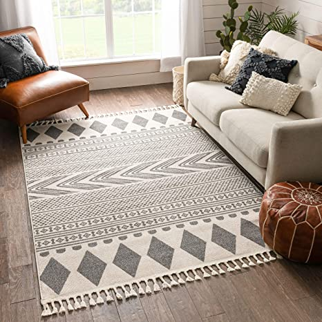 Amazon Com Well Woven Crocie Grey Tribal Geometric Area Rug 5x7 5 3 X 7 3 Home Kitchen