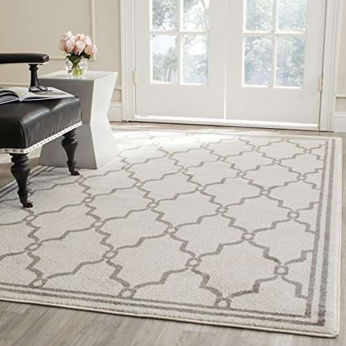 Safavieh Amherst Collection AMT414K Indoor/Outdoor Area Rug