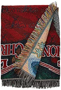 "Warner Brothers National Lampoons' Christmas Vacation, Pile of Gifts Woven Tapestry Throw Blanket, 48"" x 60"", Multi Color"