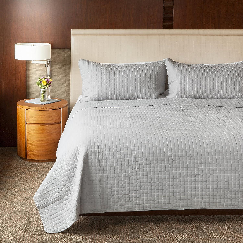 SLPR 2-Piece Microfiber Square Stitch Quilt Set with 1 Sham Solid Color Soft All-Season Machine Washable Bedspread COMIN18JU038359 Twin, White
