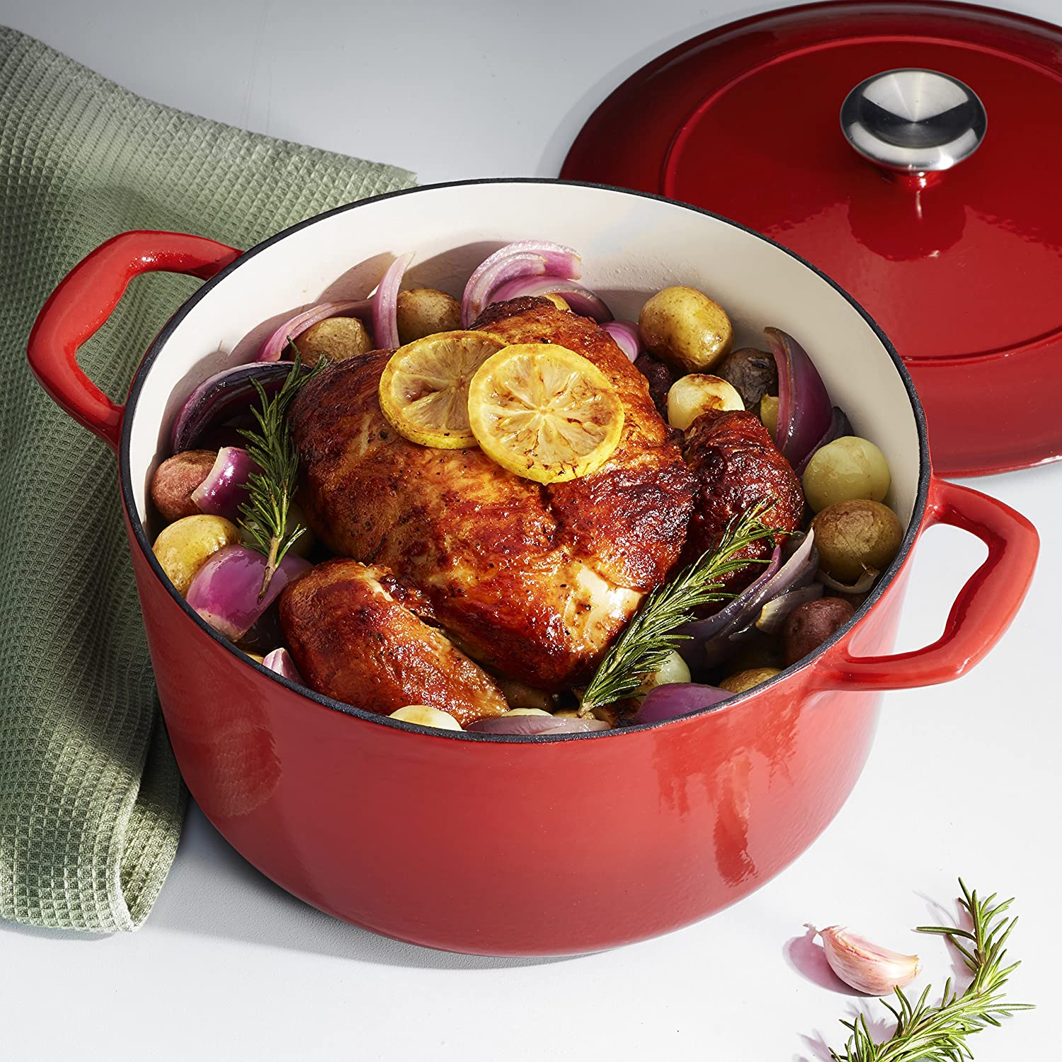 Tramontina 80131/047DS Enameled Cast Iron Covered Round Dutch Oven, 5.5-Quart, Gradated Red