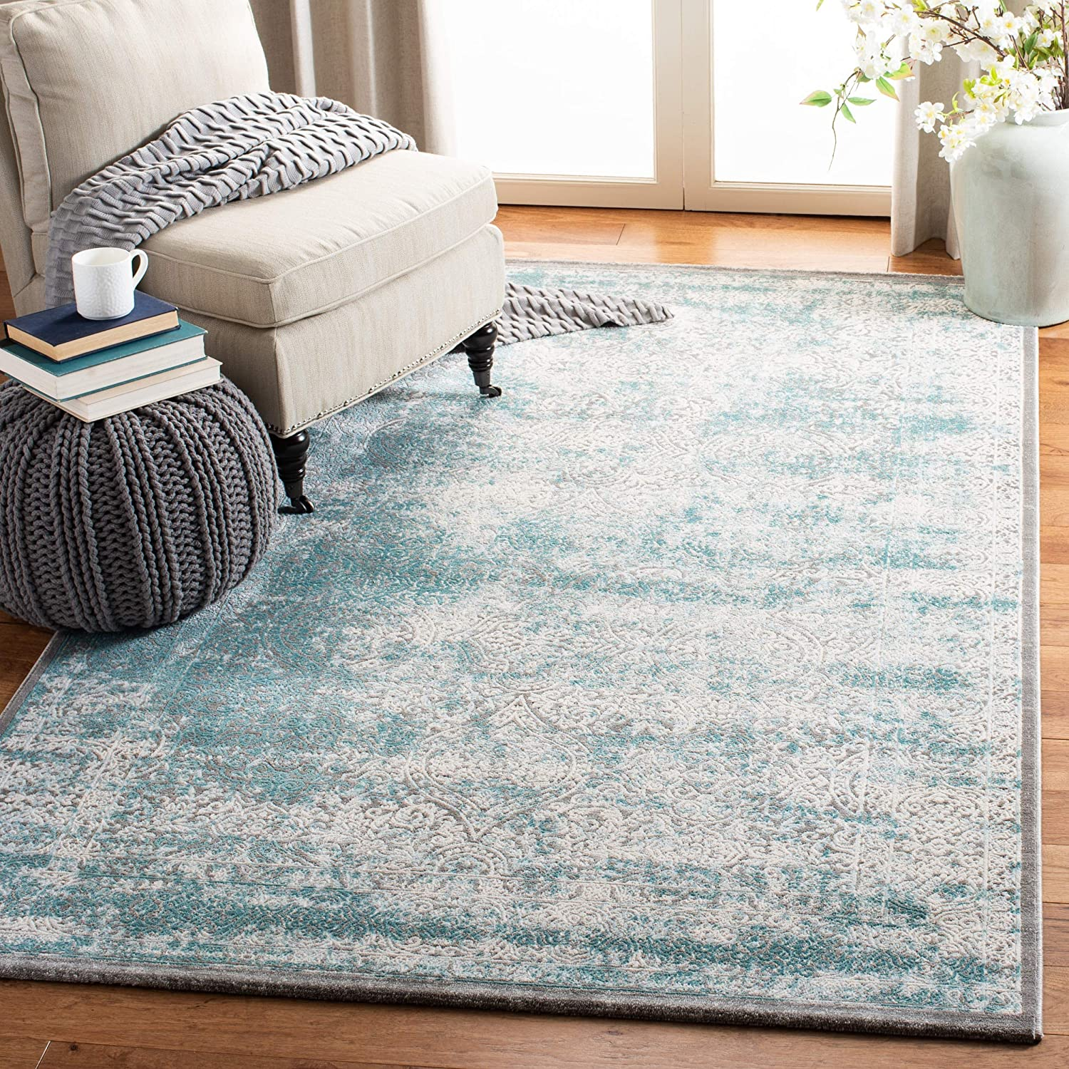 Amazon Com Safavieh Passion Collection Pas401b Vintage Distressed Area Rug 4 X 5 7 Turquoise Ivory Furniture Decor