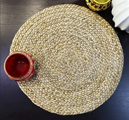 The Home Talk Round Braided Jute Placemats (35cm, Natural Beige)-Set of 2