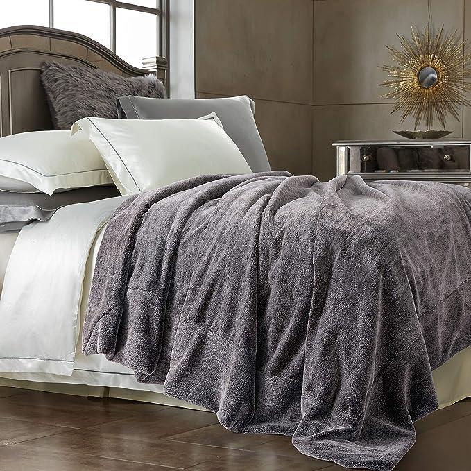 Black White Gray Super Soft Bunny Rabbit Bedspread Charcoal Shag Fur Accents USA Plush  Faux Fur Throw Blanket Off White Luxury Fur