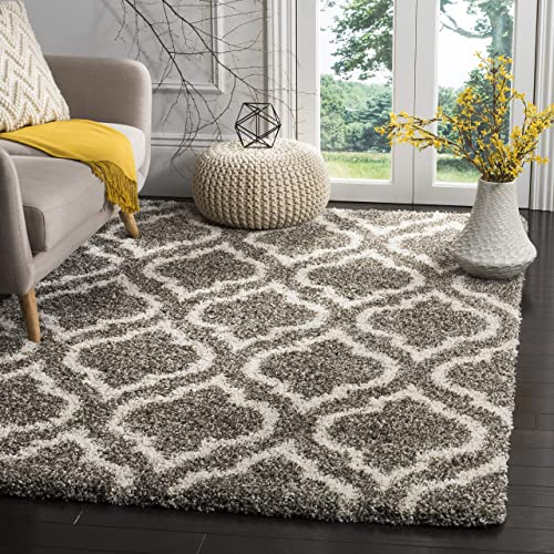 Safavieh Hudson Shag Collection SGH284B Moroccan Geometric 2-inch Thick Area Rug