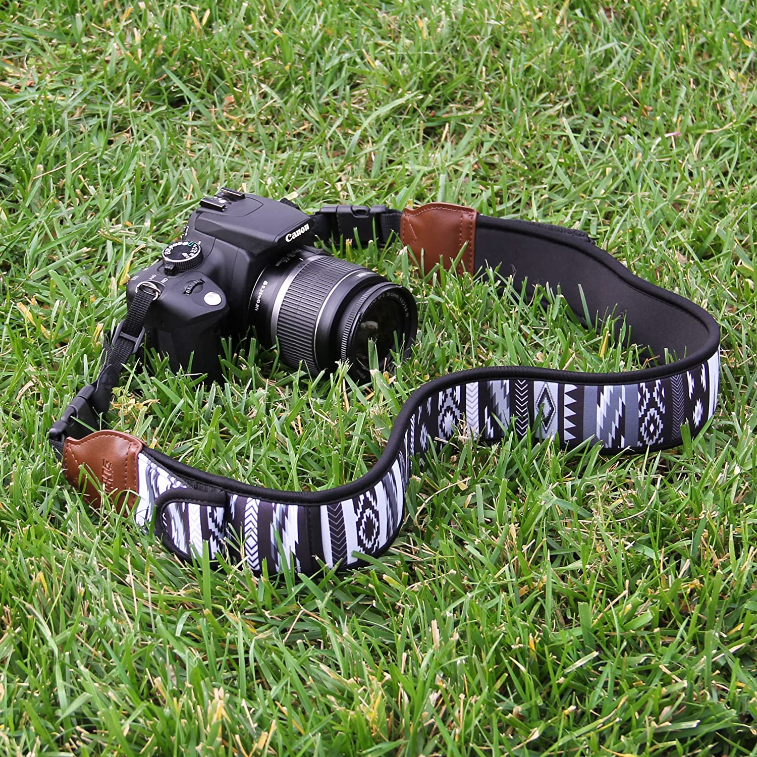 Sony and More DSLR Nikon Fujifilm Cameras Mirrorless USA GEAR TrueSHOT Camera Strap with Colorful Neoprene Pattern Compatible With Canon Accessory Pockets and Quick Release Buckles