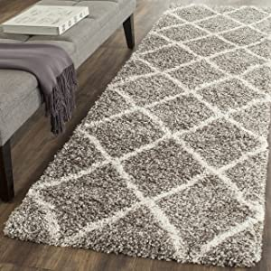 "Safavieh Hudson Shag Collection SGH281B Grey and Ivory Moroccan Diamond Trellis Runner (2'3"" x 8')"