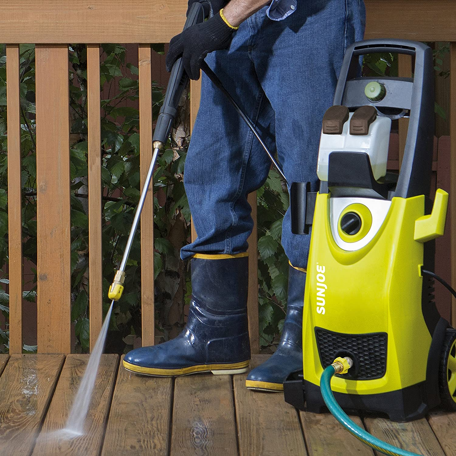 The Best Electric Pressure Washers For Your Garden: Reviews & Buying Guide 4