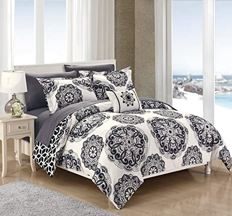 Amazoncom Chic Home Barcelona 8 Piece Reversible Comforter Set