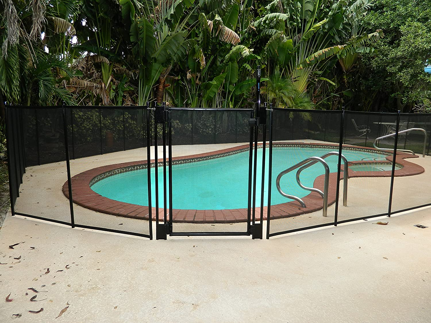 Amazon.com: Pool Fence DIY by Life Saver Self-Closing Gate Kit, Black:  Garden & Outdoor