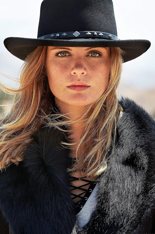 36ea60ec15625 Overland Sheepskin Co Quincy Crushable Wool Waterproof Gambler Hat at Amazon  Women s Clothing store