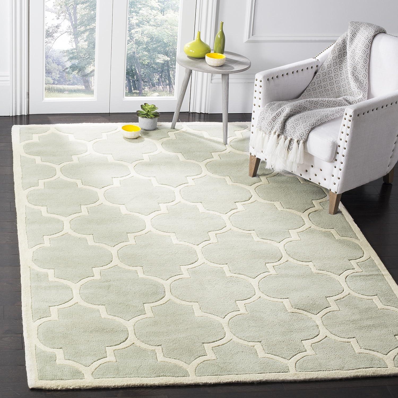 Amazon Com Safavieh Chatham Collection Cht733e Handmade Geometric Premium Wool Area Rug 7 6 X 9 6 Grey Ivory Furniture Decor