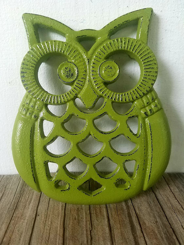 Olive green Heavy Duty Cast Iron Owl Kitchen Trivet – Rustic Woodland Animal Decor – Unique Housewarming Gift
