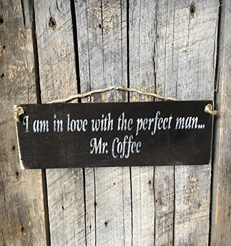 amazon com i am in love with the perfect man mr coffee pallet wood