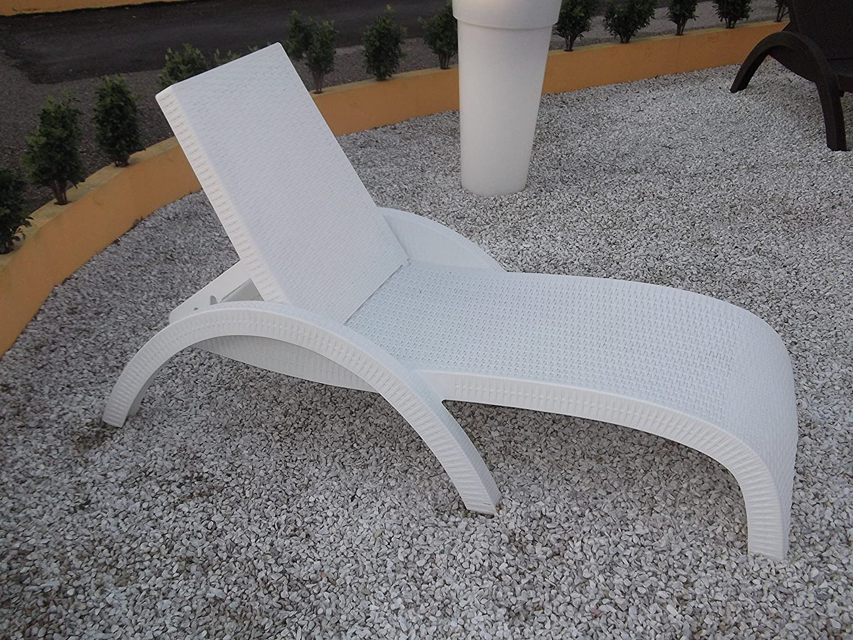 Amazon com compamia miami resin wickerlook patio chaise lounge in white garden outdoor