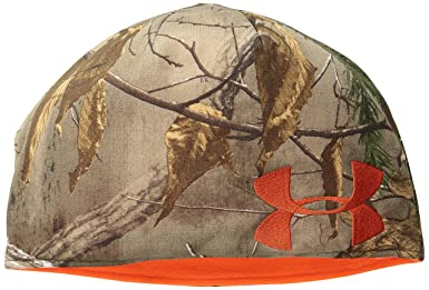 6fc213e627015 Amazon.com  Under Armour Men s Reversible Camo Beanie  Clothing
