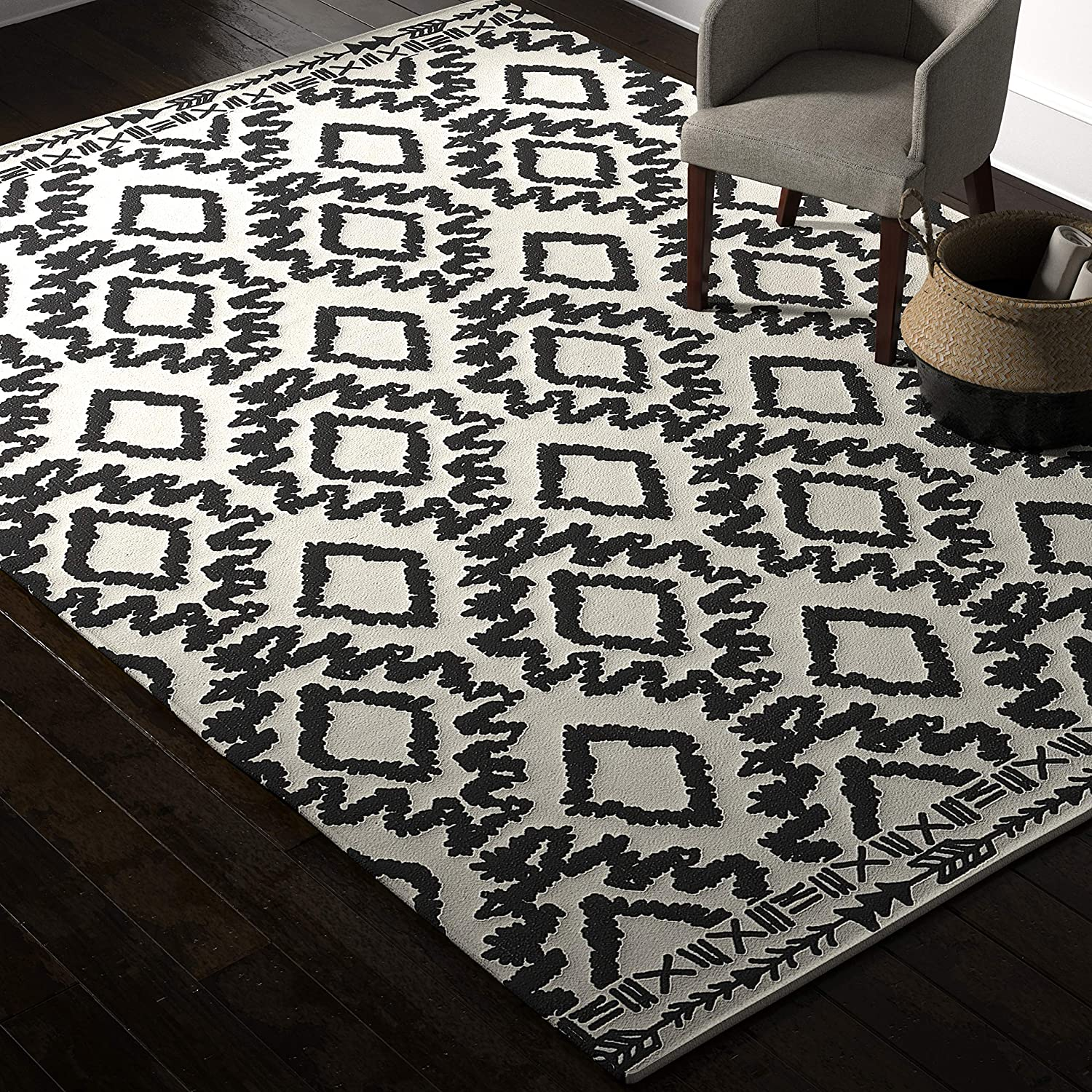 Amazon Brand – Rivet Black and Ivory Global Print Cotton Area Rug, 8 x 11 Foot
