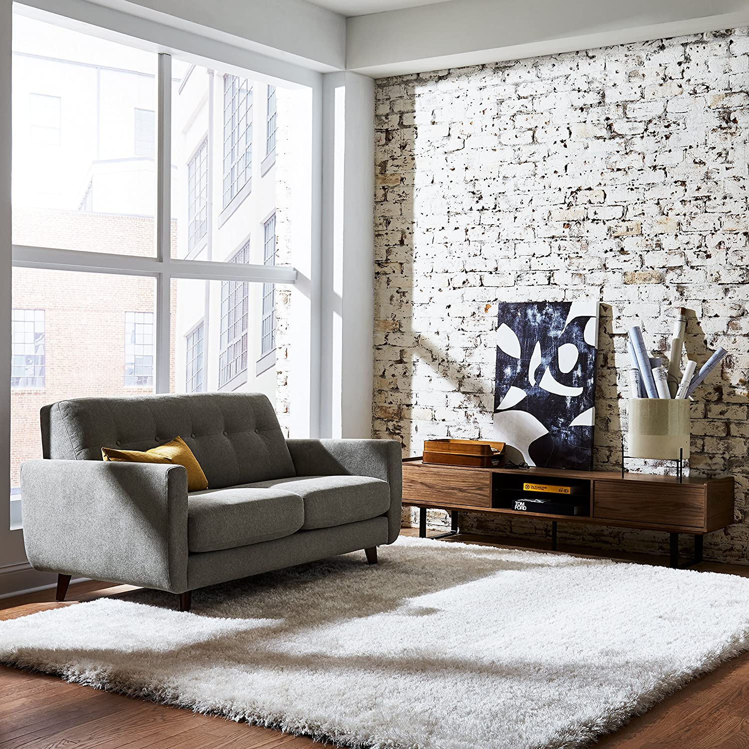 Shell Rivet Sloane Mid-Century Tufted Modern Accent Chair