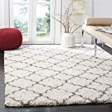 Safavieh Hudson Shag Collection SGH282A Ivory and Grey Moroccan Geometric Quatrefoil Area Rug (3' x 5')