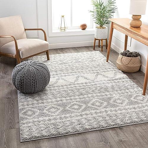Well Woven Tribal Diamond Stripes Grey Soft Shag Area Rug 5×7 5 3 x7 3