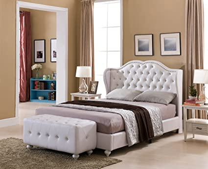 2e2e698020f1 Image Unavailable. Image not available for. Color  Kings Brand Furniture  White Tufted Design Faux Leather Queen Size Upholstered Platform Bed