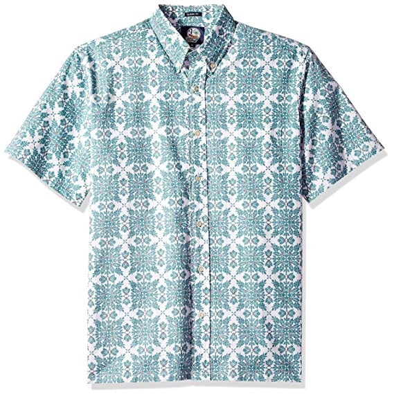 2392174a6 Image Unavailable. Image not available for. Colour: Reyn Spooner Men's  Christmas Quilt Classic Fit Hawaiian Shirt ...
